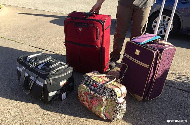 IMG_6221_luggage_rfw