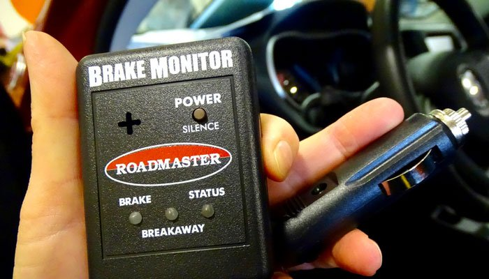 Our 4 Down Towing Set Up Part 2: Braking System + Setting up Our
