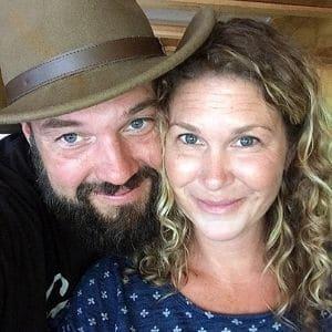 Jeremy & Stephanie Puglisi of the RV Atlas